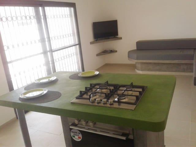 SALY Djambar - 3 logement F1 - Original et Calme - M'bour - Apartment