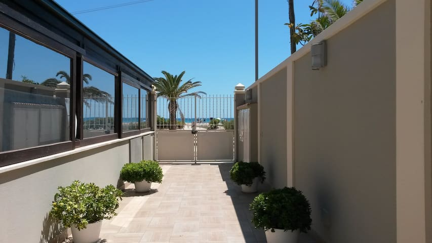 Poetto Apartments A