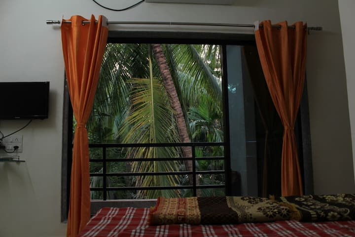 Ac rooms in Holiday Home at Alibaug