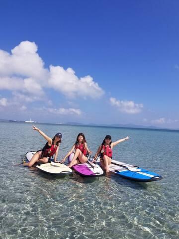 沖縄観光に最適な好立地!沖縄の中心に位置し、コンビニ、スーパーまで徒歩3分!