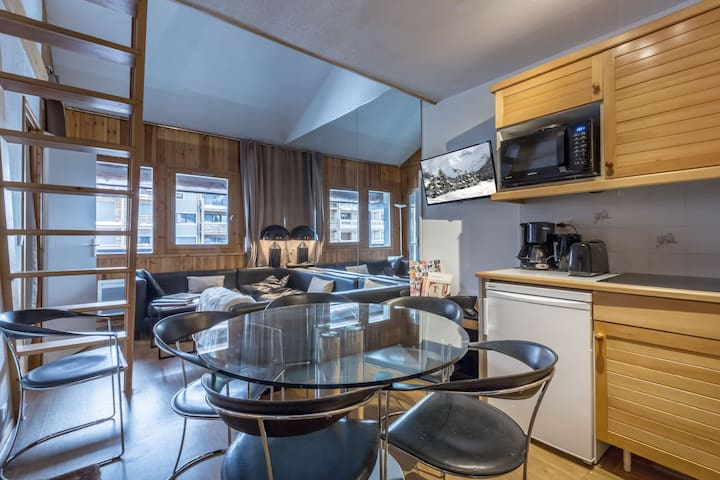 Apartment in course of refreshing on the slopes