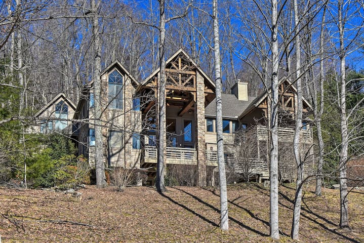 Luxury Asheville Area Home w/ Game Room & Deck!