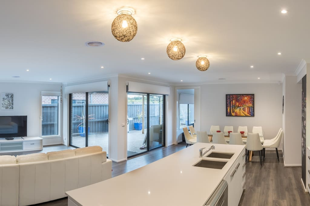 Kitchen, Dining, Family & Alfresco