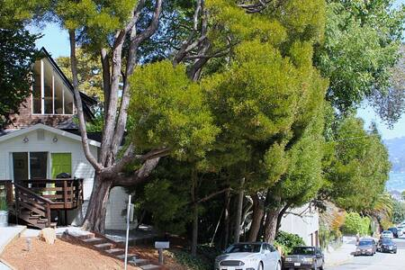 Enchanting Newly Renovated Cottage - Sausalito - Dům