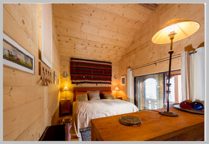 1BD Luxury Champery Perfect cozy 100% independent.