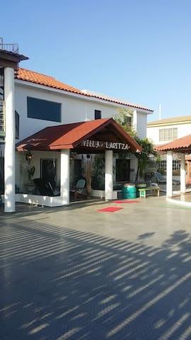 Villa Laritza en Salinas, Bani