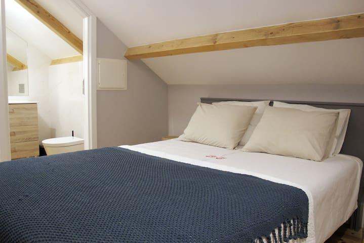 cama: 140x200cm