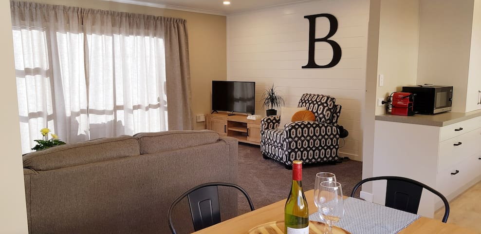 Miss B's - Boutique accommodation Taupo