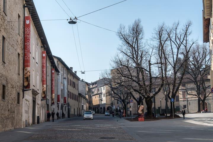 piazza Carrara