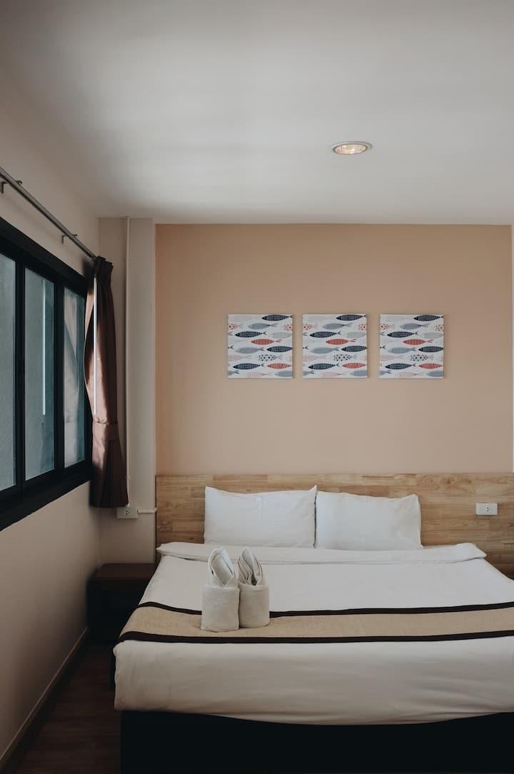 Zak Residence King Room 2