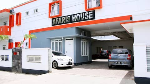 Afaris House: Paceful and Homey Guesthouse Room 2