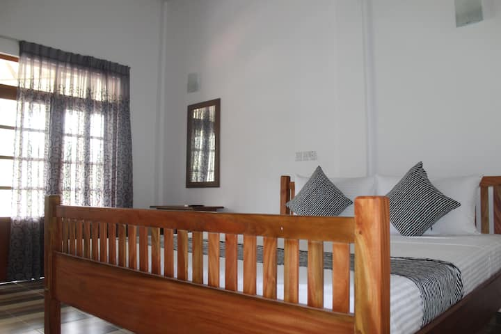 Moksha Villa - Single Room