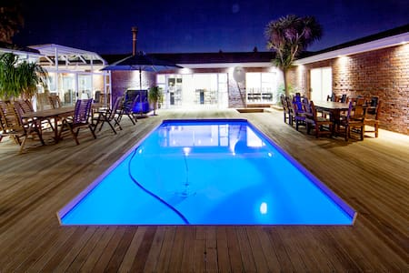 Luxury holiday home - Cape Town