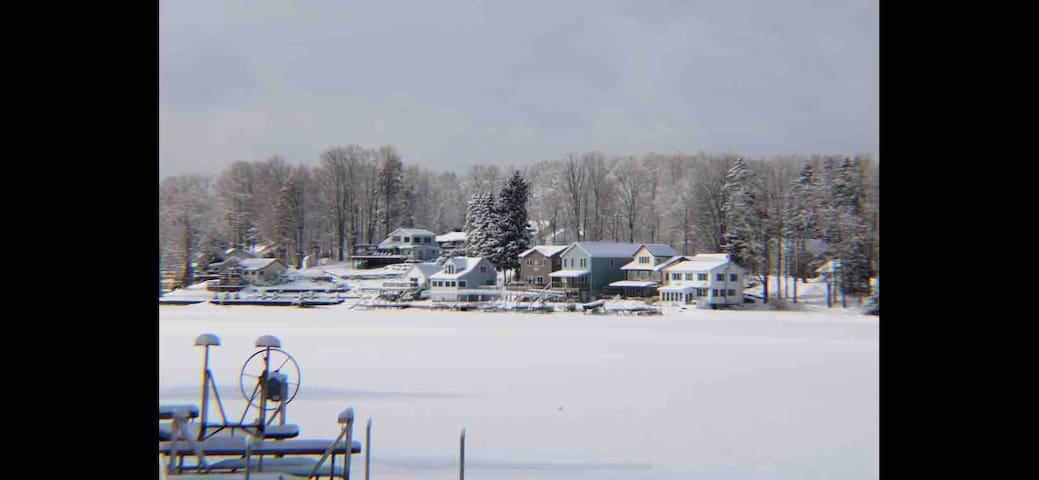 Lake Front Getaway on Lime Lake Winter Wonderland