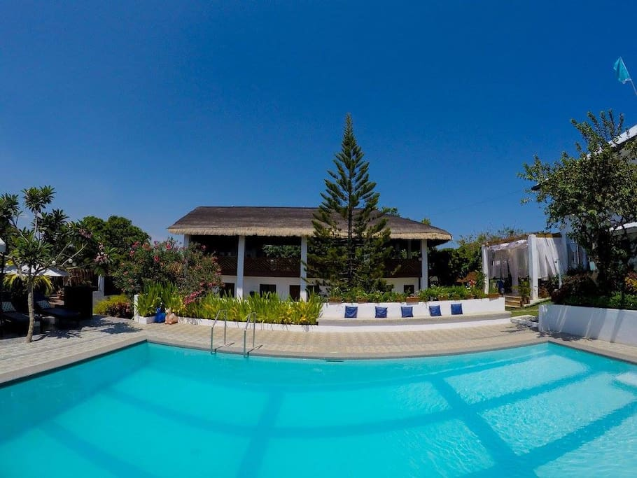 Private beach house 5 bedrooms with pool and wifi houses for rent in calatagan calabarzon Private swimming pool for rent in cavite