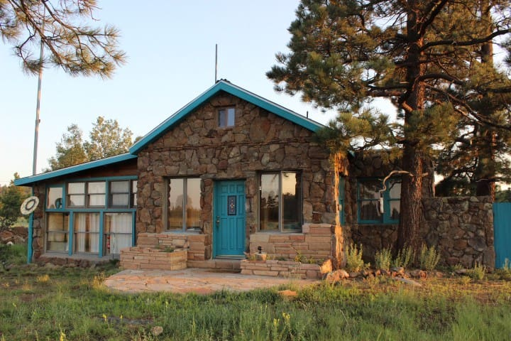 Prairie Pines Cottage on Route 66