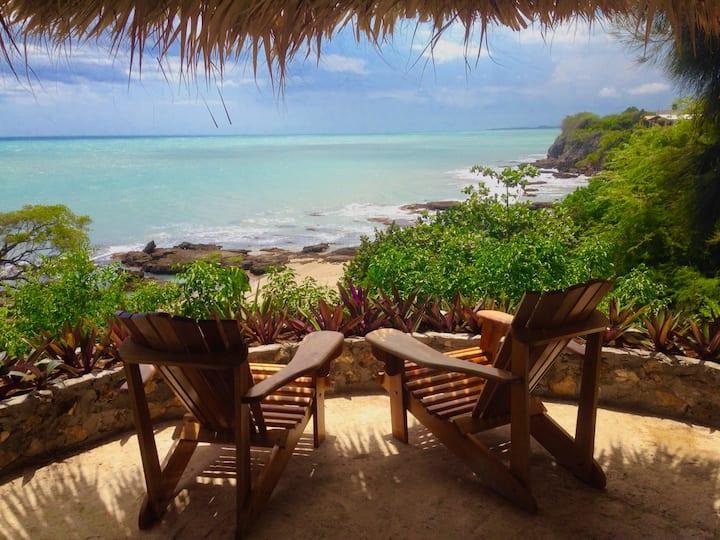 SeaSide Cottage Apt- AC - Cabana-Pool-Beach