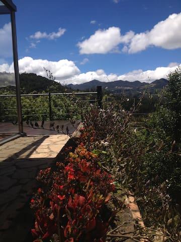 Fabulosa casa en la montaña muy cerca de Bogota - Bogotá - Holiday home