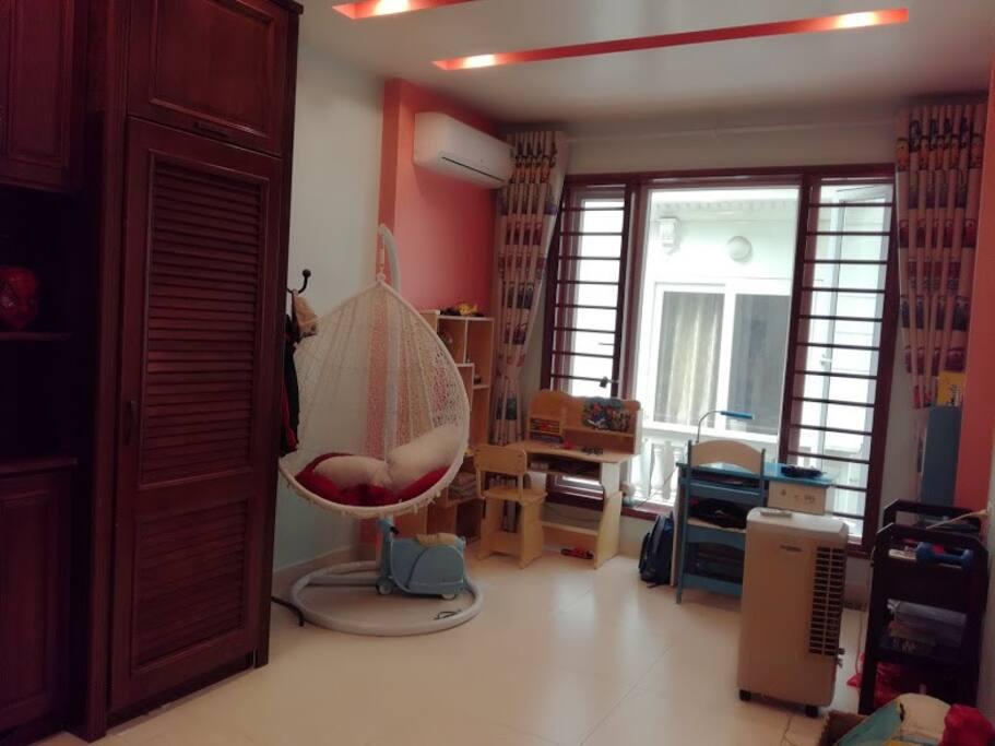 Bedroom 1 on the 2nd floor (2 beds)