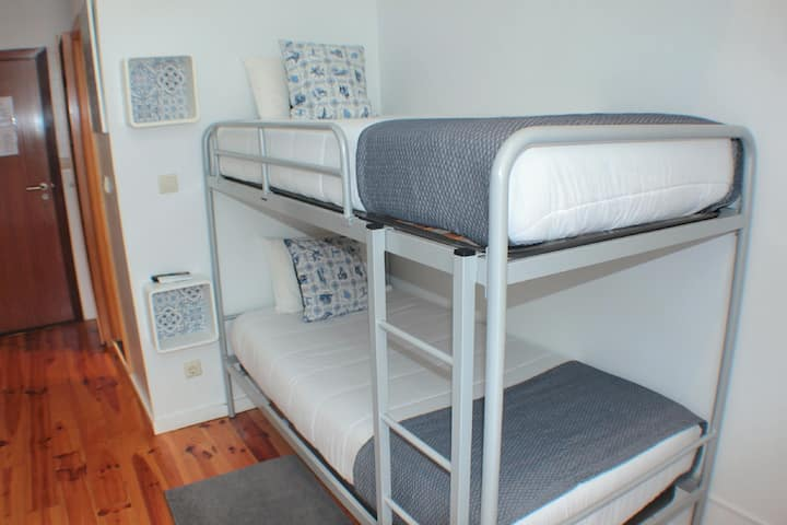Dear Porto - Room With BunkBed and Balcony