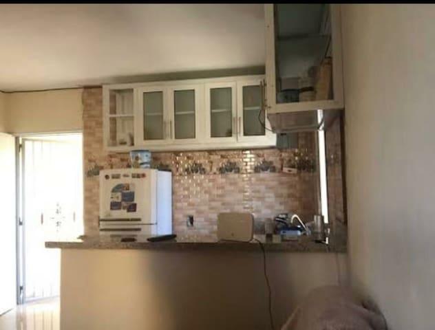 Alquilo apartamento totalmente amueblado