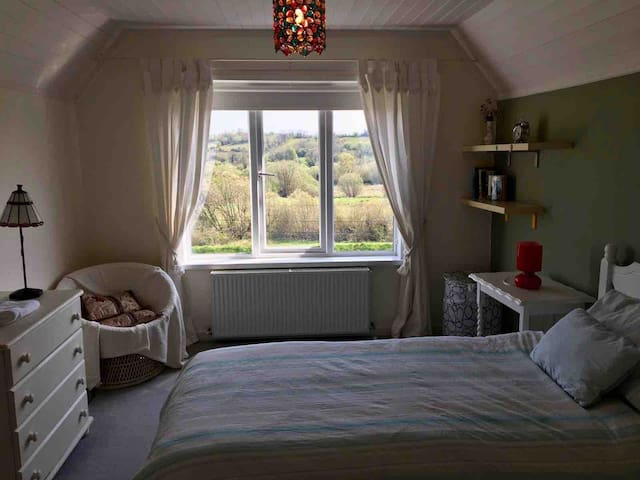 Lake view - Comfortable and cosy Twin room