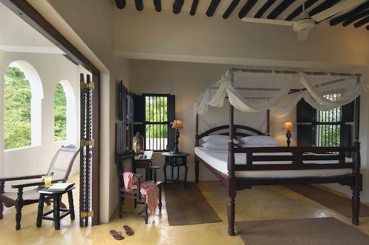 Palm House - Holiday Home in Shela Village