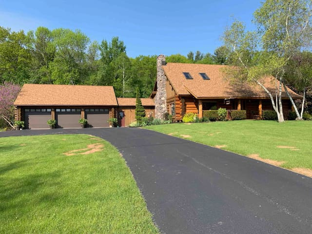 Log Cabin style home on 28 acres of private land