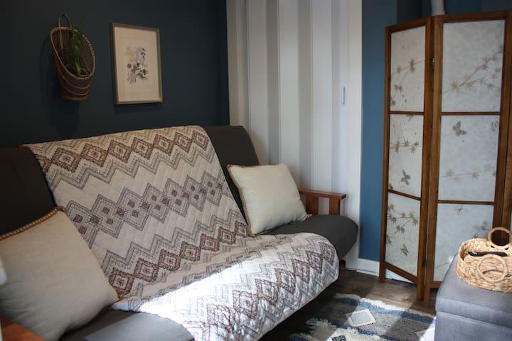Comfortable, sturdy queen size futon.