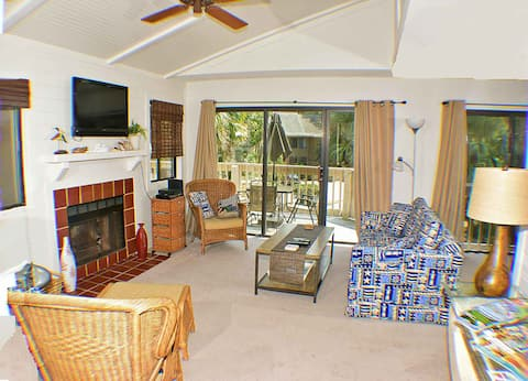 Beachwalk 158 - Shipyard 1 BR - Short Walk to the Beach