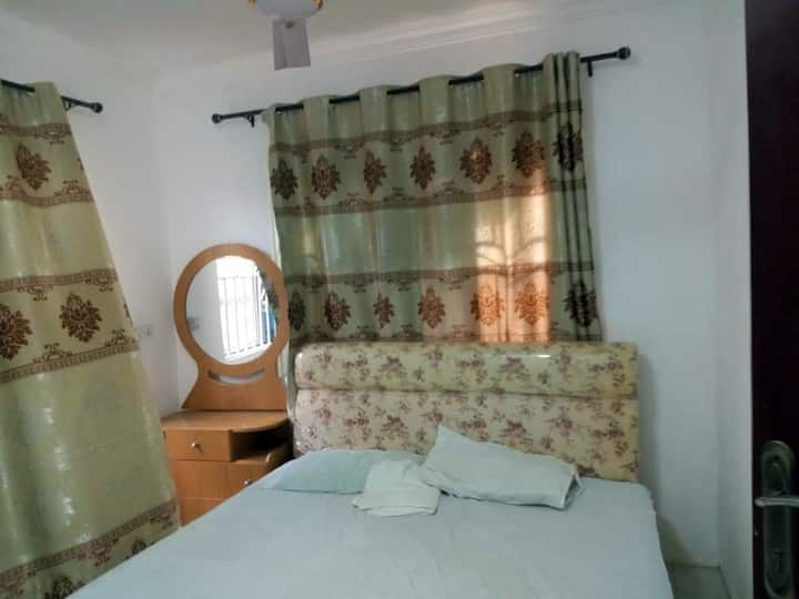 3 Bedroom Ensuite Located in Comm. 11