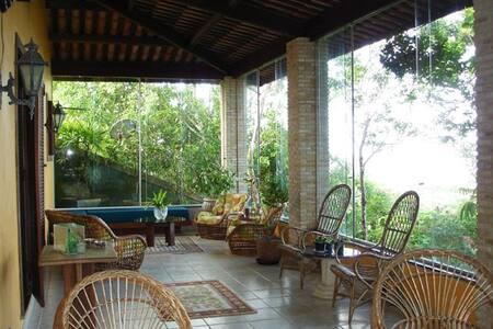 Casa Tranquila e confortável - PS-BA - Santa Cruz Cabrália