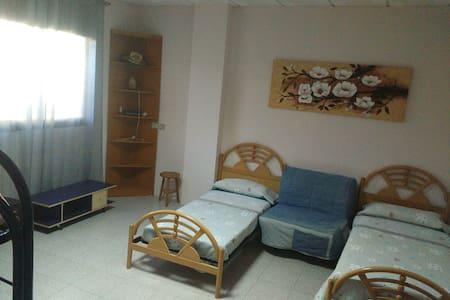 Habitación en ruta de enoturismo - Sant Llorenç d'Hortons