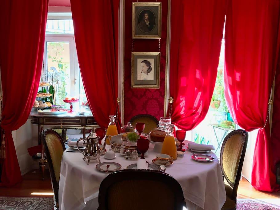 The royal bed breakfast at estrella park appartamenti for Appartamenti in affitto arredati cerea