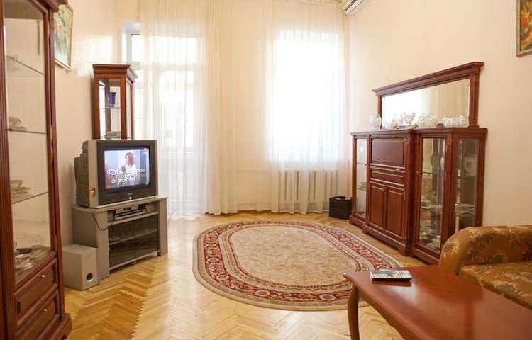 Саксаганского 43Б с джакузи, метро Льва Толстого