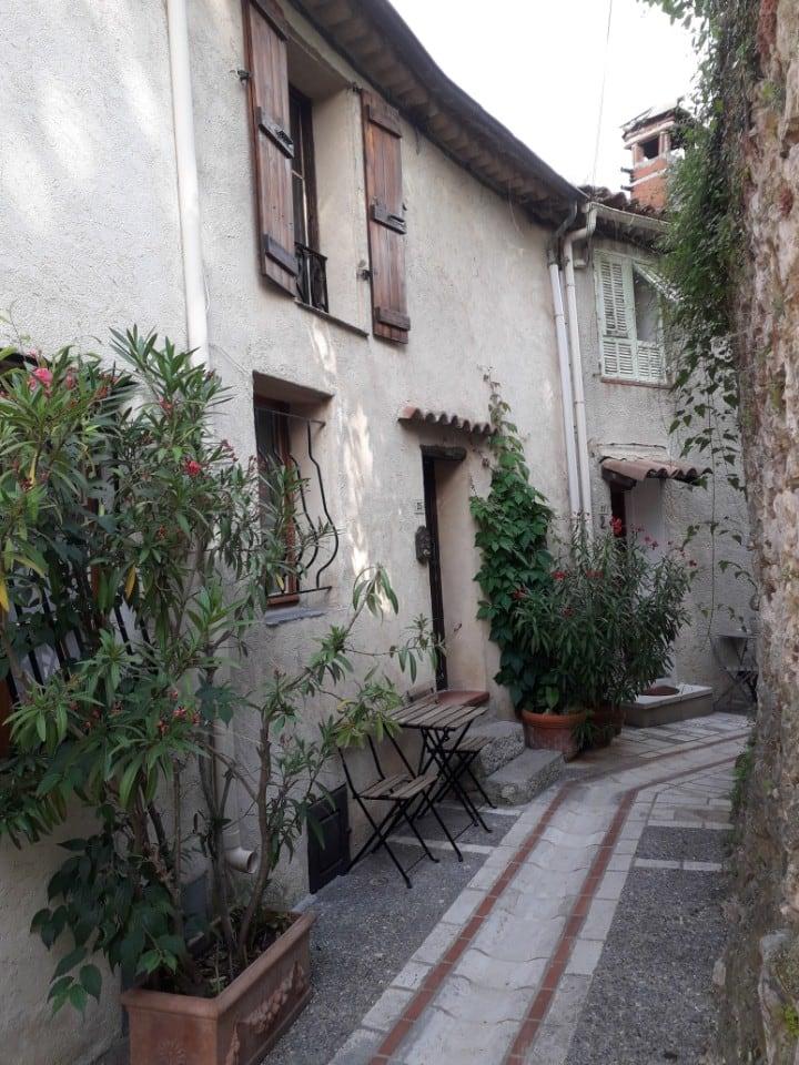 Maison de village de charme sur les hauteurs  Nice