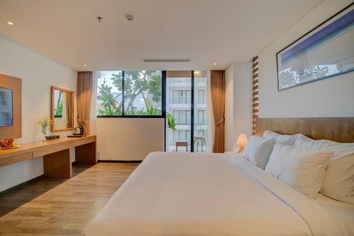 Soho Boutique - Room with balcony-My Khe beach