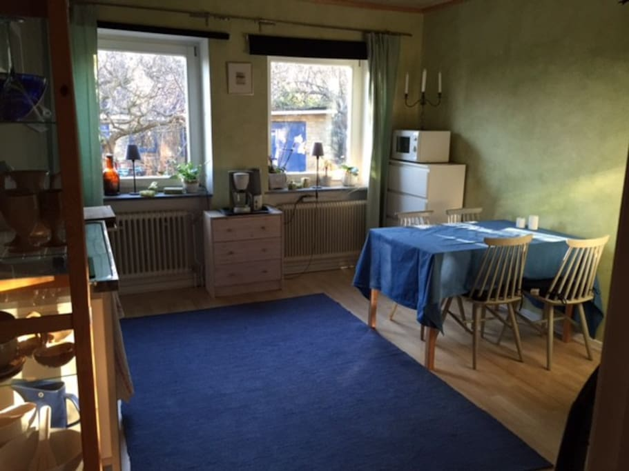 Cuisinette, kitchen table and wardrobe