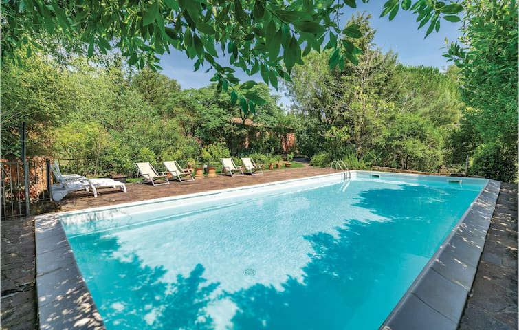 Holiday cottage with 3 bedrooms on 330m² in Roccastrada GR