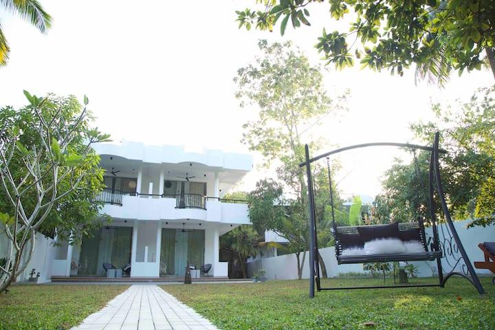 Kleins, feines, liebevoll eingerichtetes Gästehaus