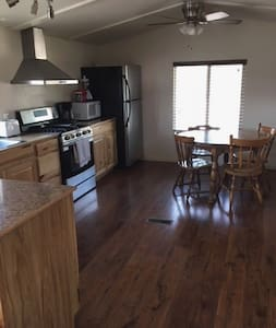 Frisco House 2-Internet, Satellite TV included!