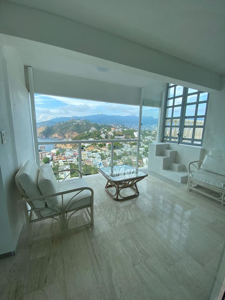 Penthouse con espectacular vista y alberca