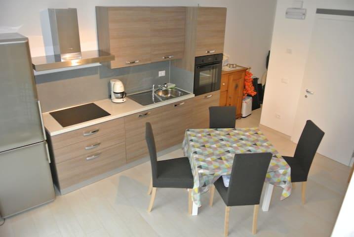 Appartamento nuovo, zona tranquilla - Roncegno - Apartment
