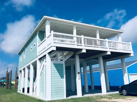 The Pour House. Beachside! 30% off 7 nights! 3BDRM