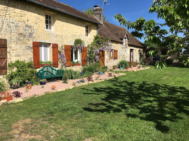 Une Maison Rural et tranquille.