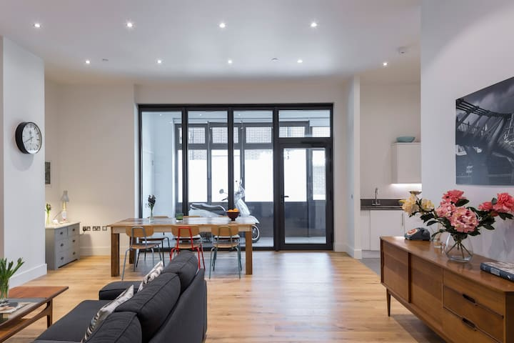 Modern Apartment in Fitzrovia - London - Apartment