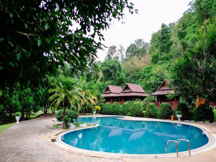 Lanna Resort and Spa