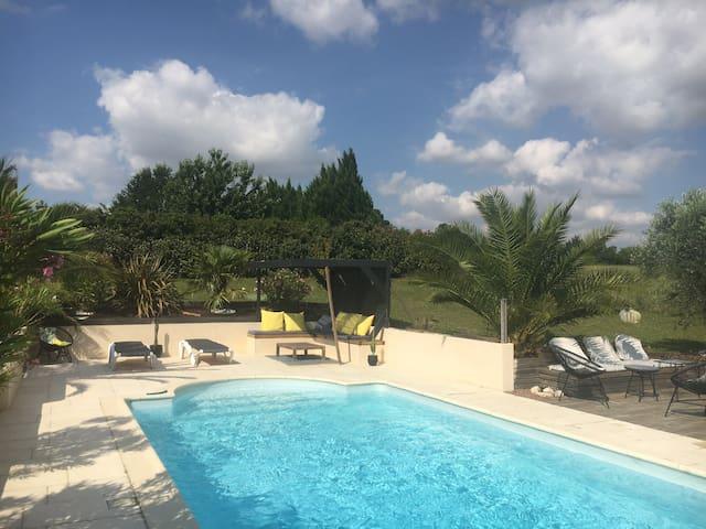 Maison entière 6 pers- 3 ch- piscine privée