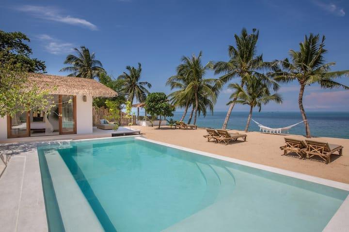 Barefoot Luxury living at Kya Beach House