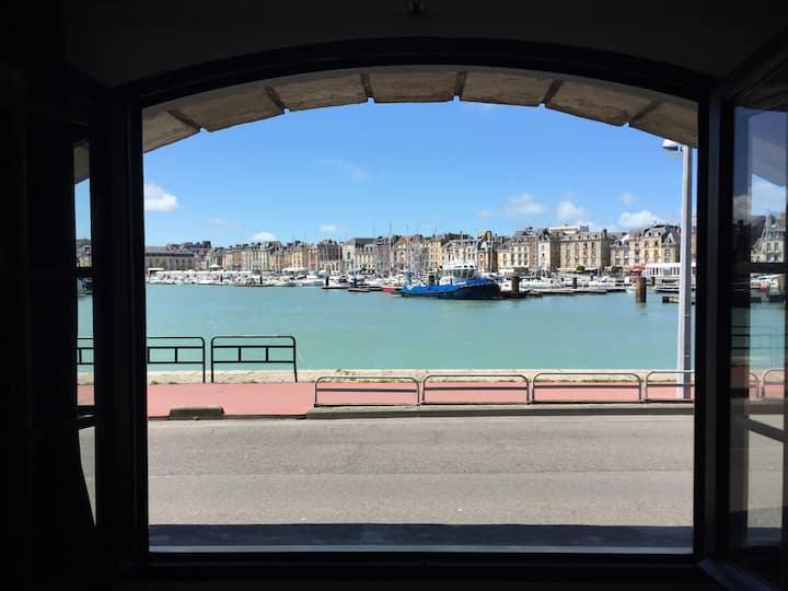 Dieppe vue sur le port de plaisance